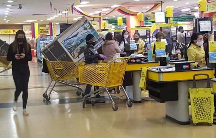 III Día sin IVA en Santander. Balance registra aumento del 80 % en ventas del comercio | EL FRENTE