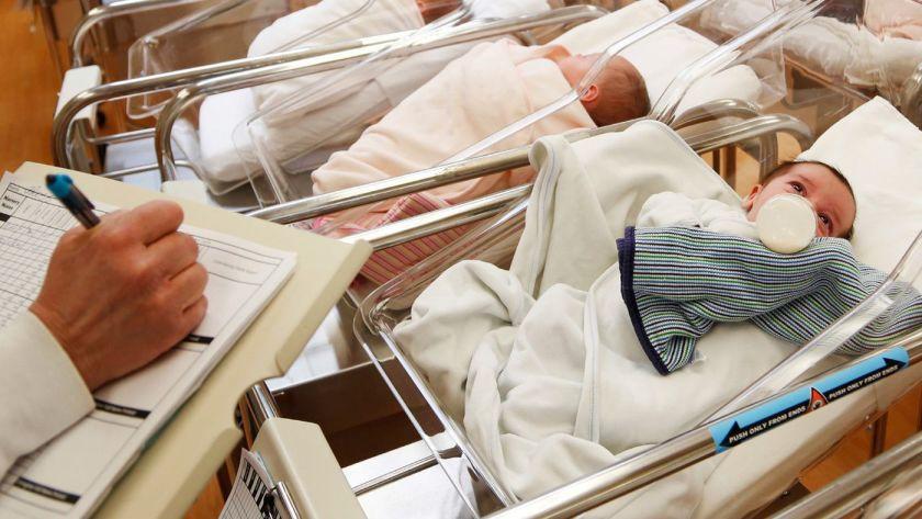 Caída de la natalidad mundial por causa de la Covid-19 | EL FRENTE