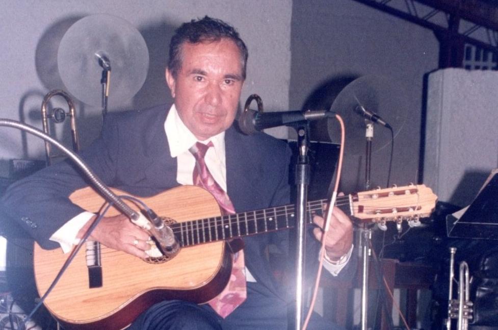 Ante la tumba de don Alirio Villarreal Ramos  | EL FRENTE