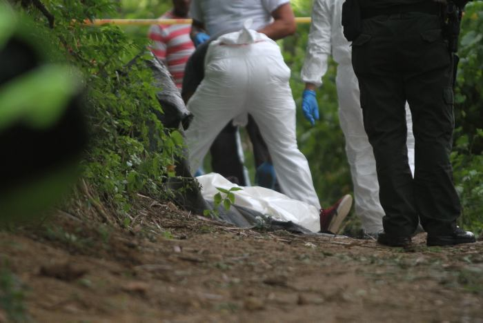 Asesinos fantasmas dejaron otro cadáver tirado en un sendero fronterizo   EL FRENTE