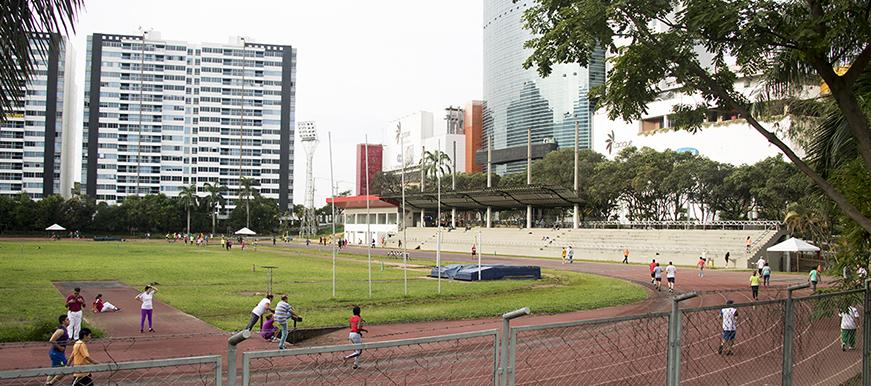 La Alcaldía de Bucaramanga busca la transformación del estadio de atletismo La Flora   EL FRENTE