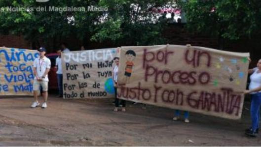 Familiares de niña abusada por un maestro claman justicia   EL FRENTE