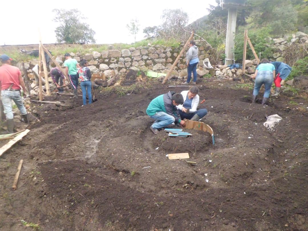 Apuesta por la conservación del páramo en Málaga. Una huerta circular de los aprendices SENA  | EL FRENTE