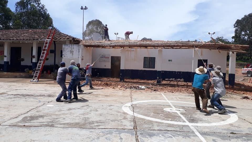 Colapso de vías, colegios y red de aguas negras. Declarada calamidad pública en Barichara   EL FRENTE