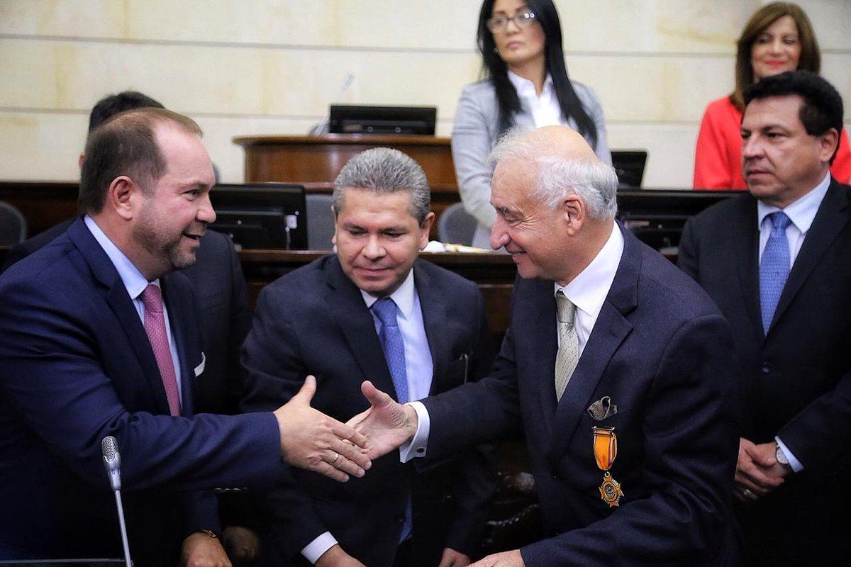 Congreso de Colombia exalta labor del Médico Ortopedista y Cirujano Jorge Felipe Ramírez León   EL FRENTE