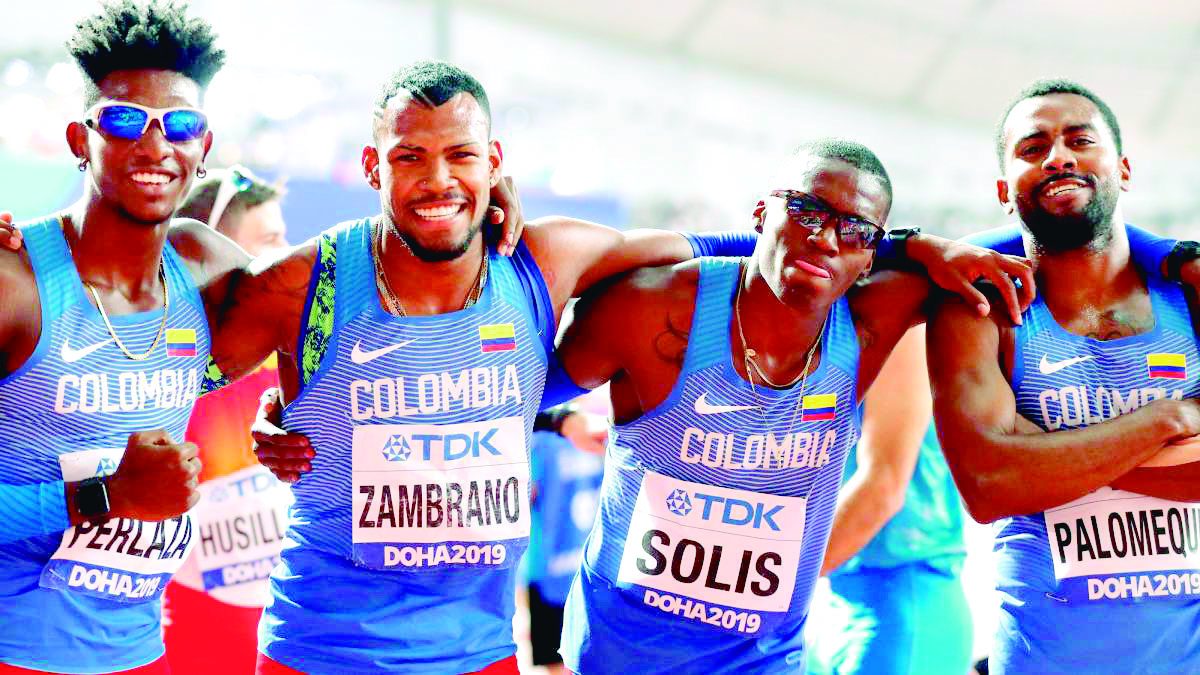 Relevo de 4x400 en la final del Mundial de Atletismo | EL FRENTE