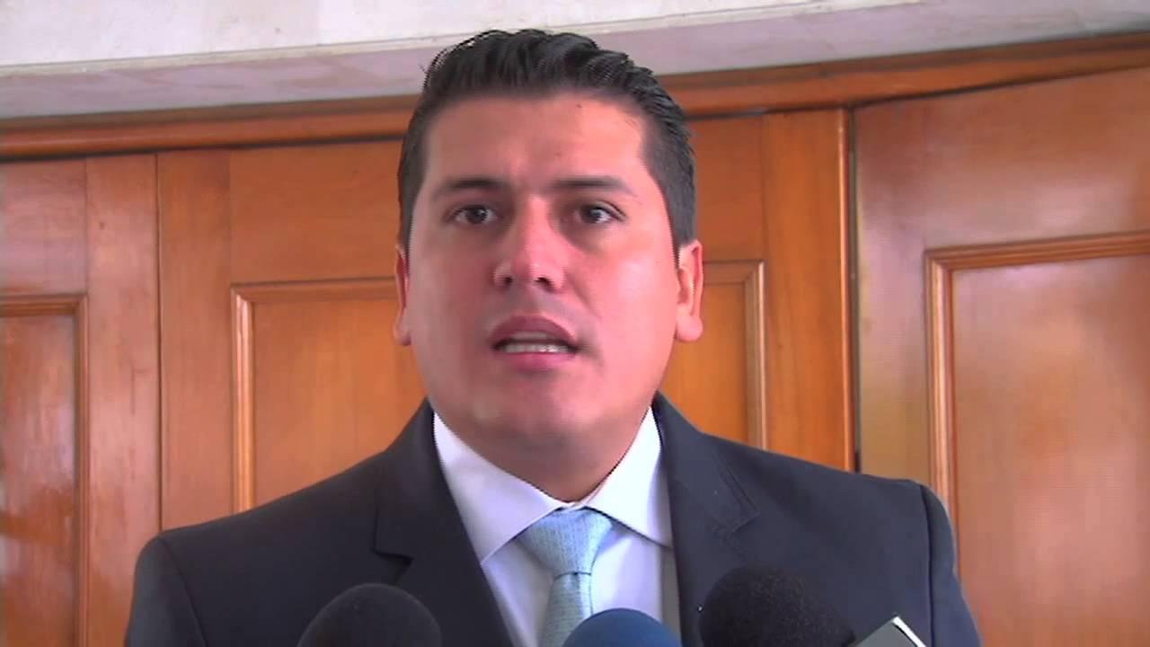 Por irrespetuoso investigan a exdirector de la CDMB  | EL FRENTE