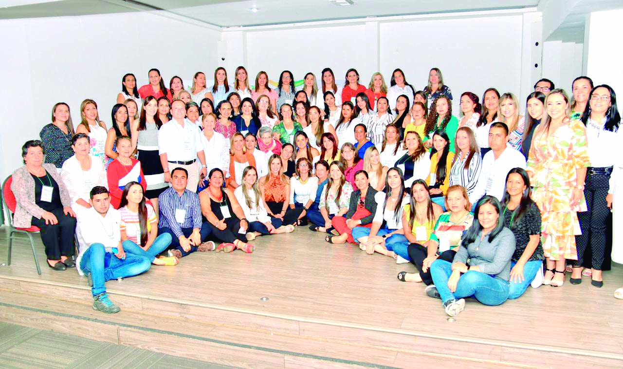 Reunión de Gestoras y Gestores Sociales de Santander | EL FRENTE