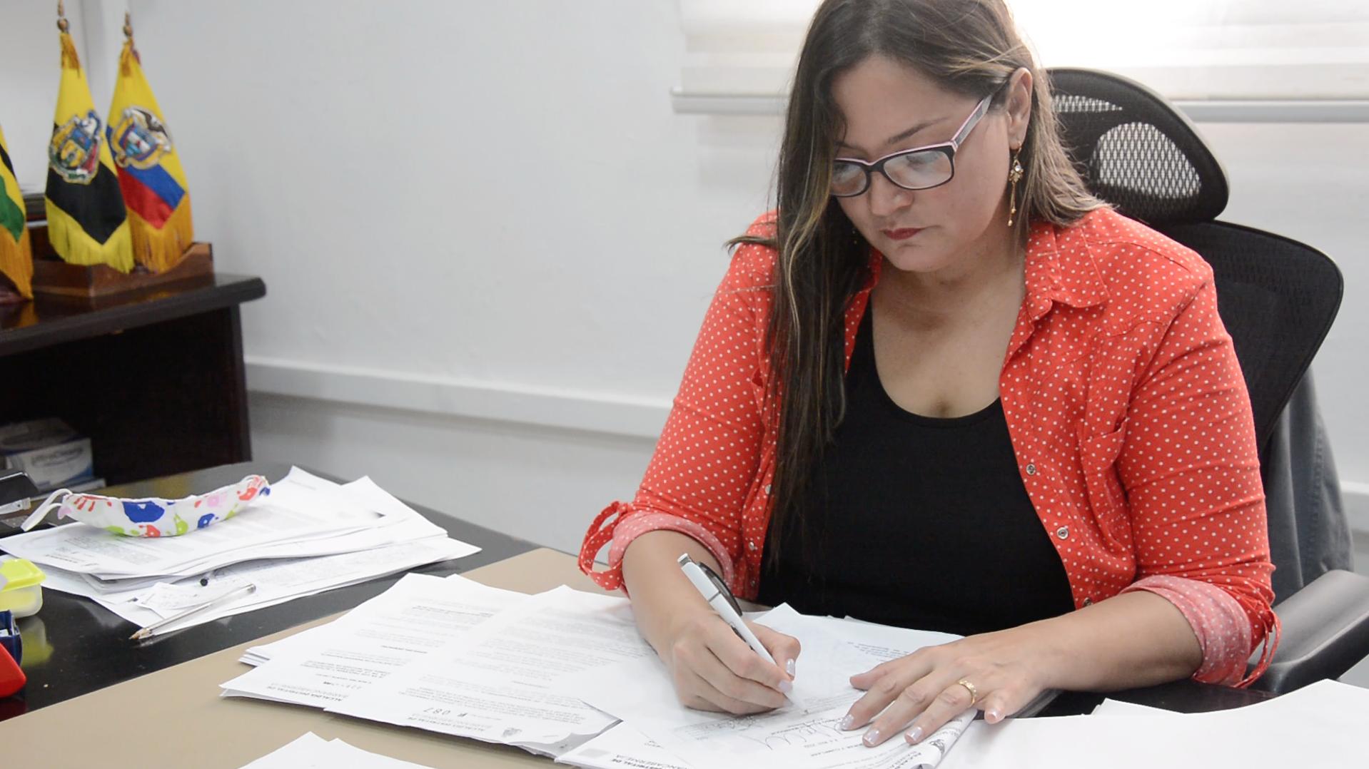 Decretos para aliviar la carga tributaria de los barranqueños y para proteger la economía local | Municipios | Santander | EL FRENTE