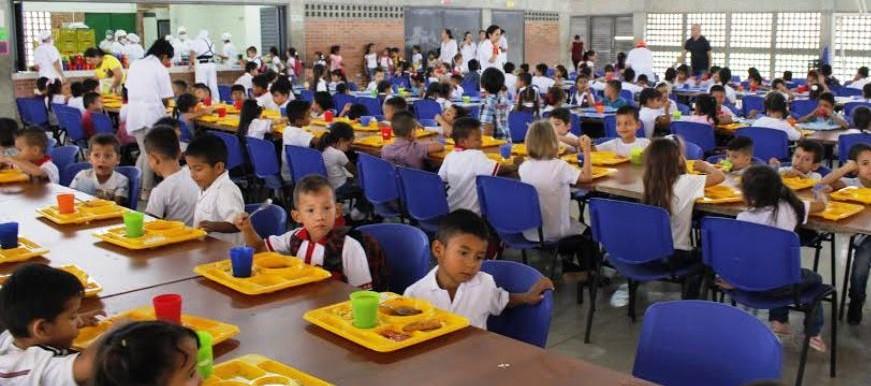 PAE de emergencia está garantizado para más de 3.800 estudiantes en Bucaramanga  | Municipios | Santander | EL FRENTE