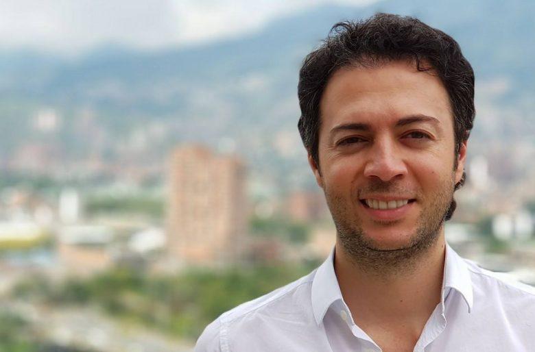 Alcalde de Medellín donará su salario para ayudar en crisis por Covid-19   Colombia   EL FRENTE