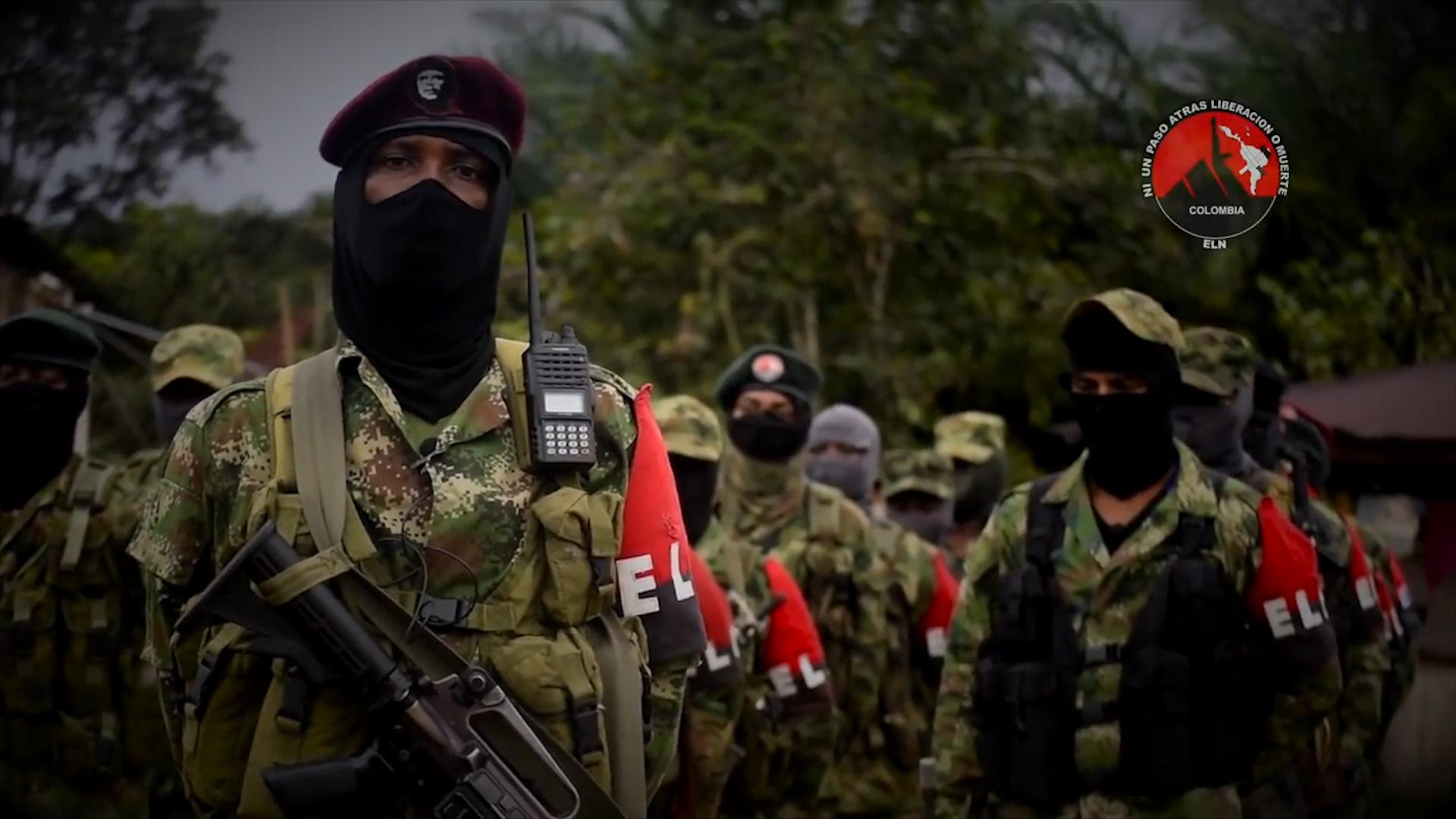 Eln montó base militar en una escuela de Venezuela   Colombia   EL FRENTE