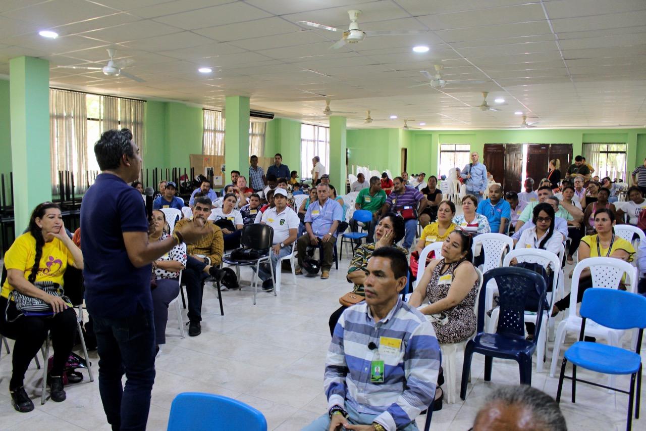 Capacitaciones UTS certificarán a más de 500 personas que realizaron cursos virtuales  | Región | Santander | EL FRENTE