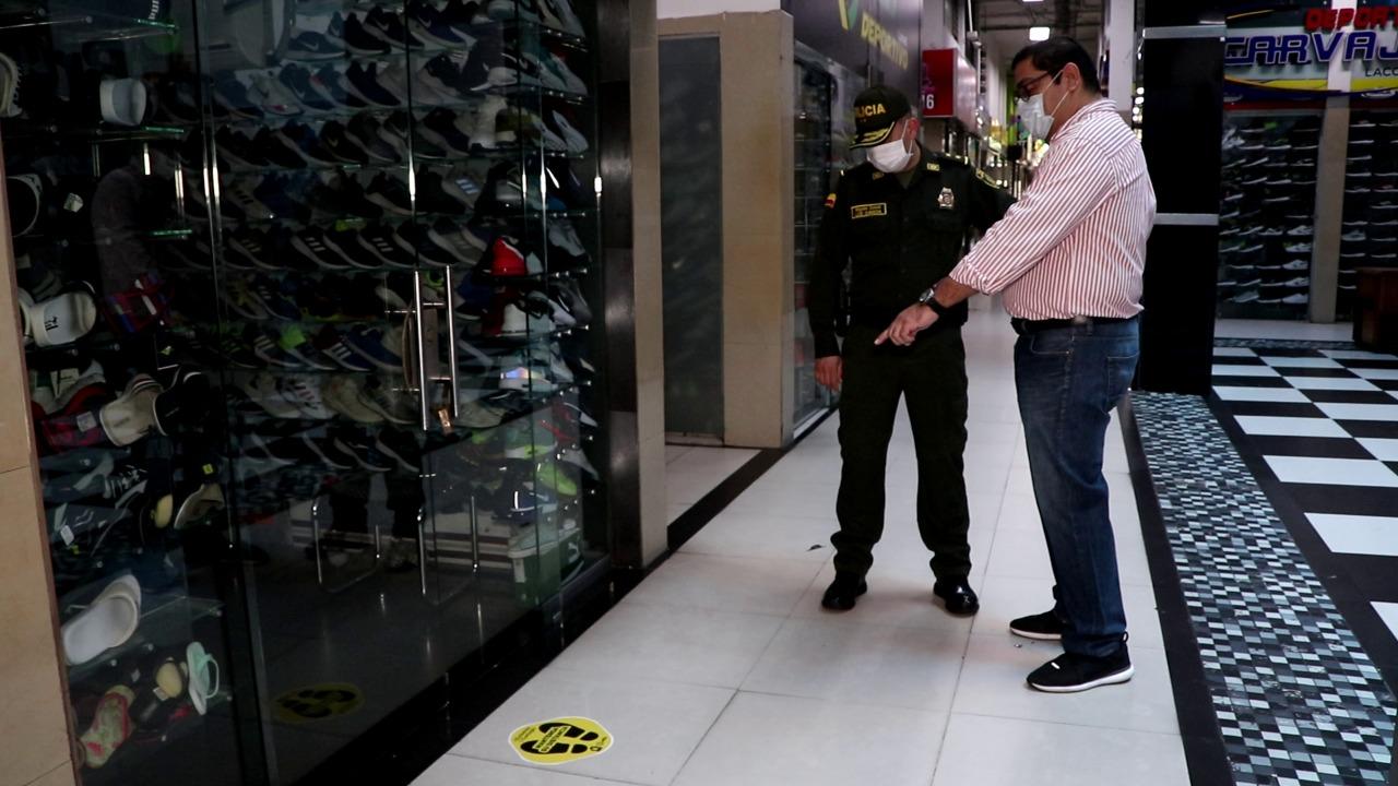 Extrictas medidas adoptaron centros comerciales tras reapertura | Bucaramanga | Metro | EL FRENTE