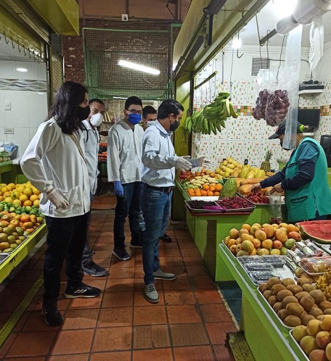 Capacitación de las UTS en protocolos para trabajadores de plazas de mercado de Bucaramanga | Economía | EL FRENTE