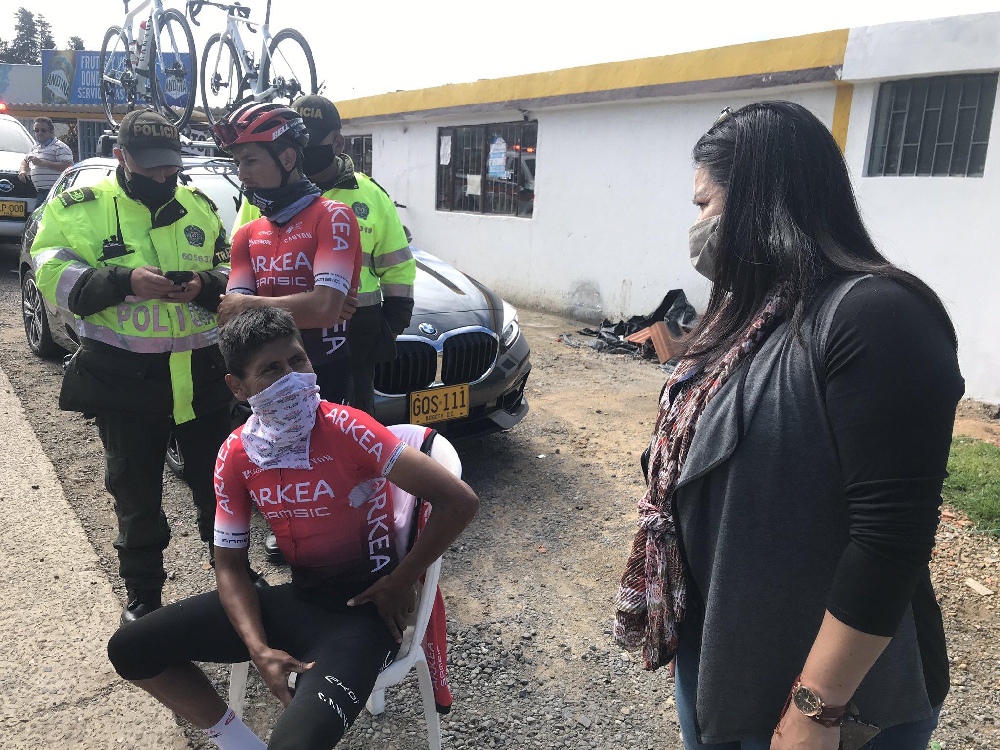 Temerario conductor ocasiona accidente a Nairo Quintana  | Deportes | EL FRENTE
