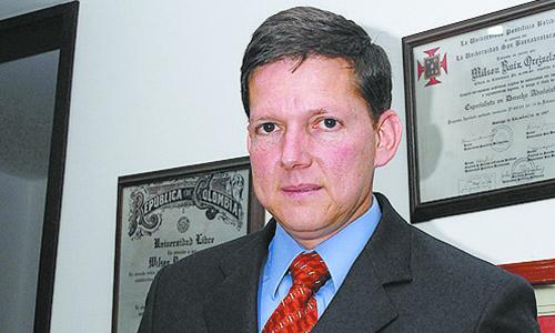 Columnista de EL FRENTE es candidato a Procurador General | Política | EL FRENTE