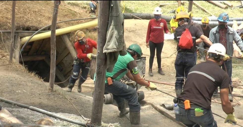Socorristas lograron llegar al socavón, pero los mineros estaban muertos   Colombia   EL FRENTE