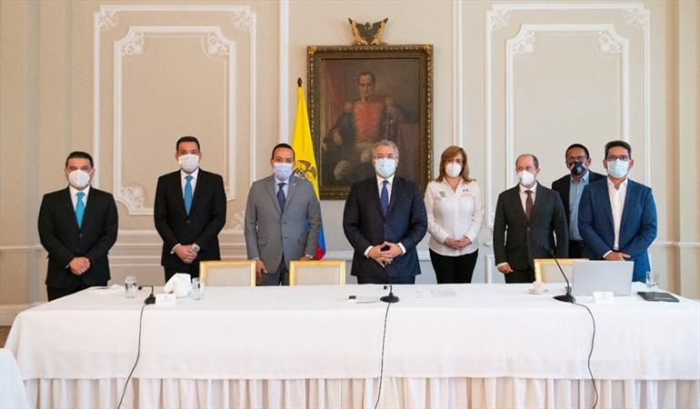 Gobernador Aguilar pidió al gobierno no disminuir regalías para Santander  | Política | EL FRENTE