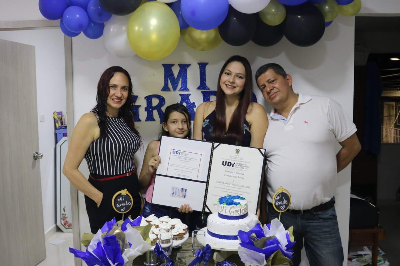 Grado profesional Jennifer Nataly Angarita Velazco | foto | EL FRENTE