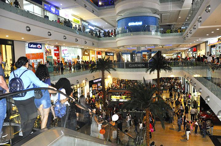 Centros comerciales no podrán hacer fiestas de Halloween | Metro | EL FRENTE