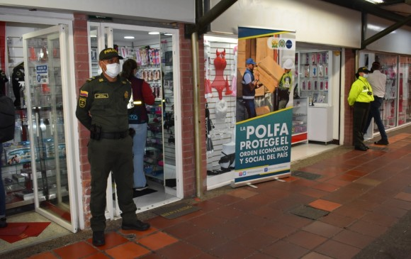 Polfa aplicó extinción de dominio a tiendas sexuales | EL FRENTE