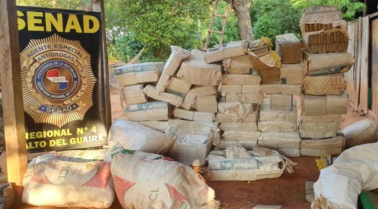 Incautan sacos con 41 toneladas de marihuana | EL FRENTE