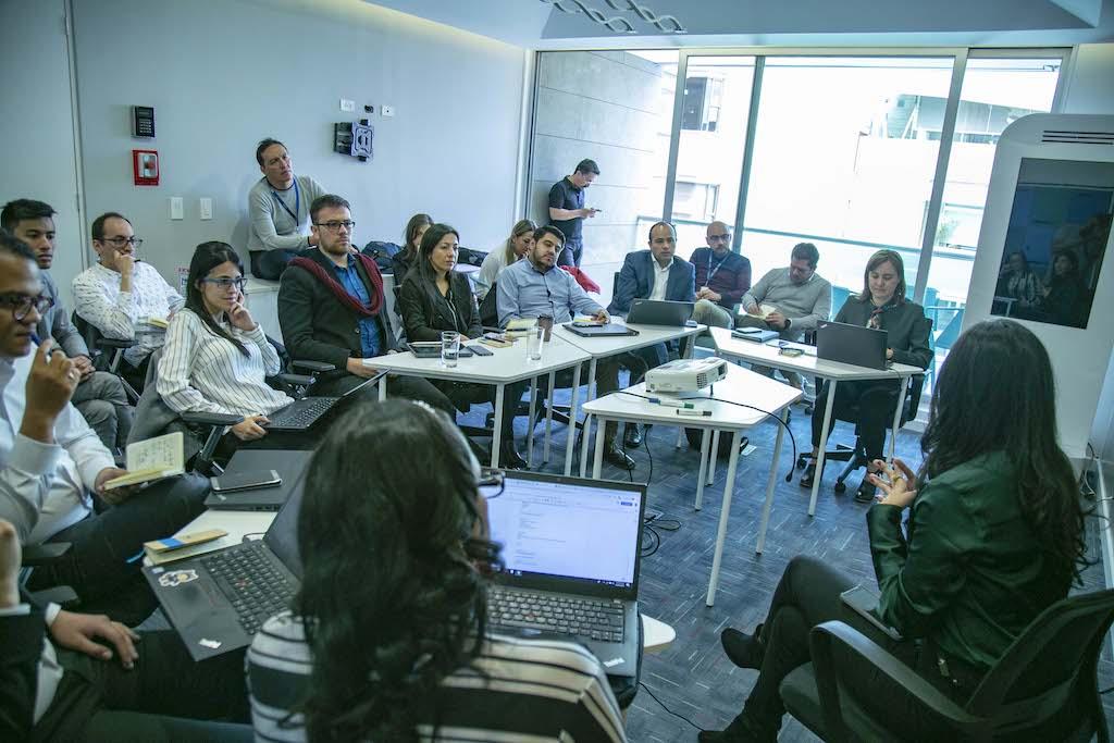 Desde Santander lanzan nuevo programa de  emprendimiento    EL FRENTE