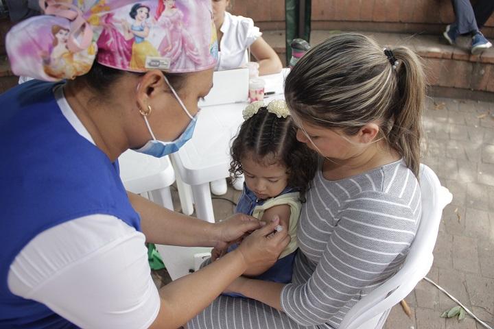 Campaña gratuita de salud en Santander. Jornada de vacunación este sábado para todos | EL FRENTE