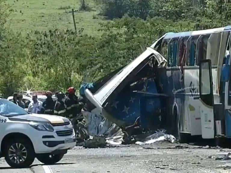 Siniestro vial dejó 41 muertos y 10 heridos | EL FRENTE
