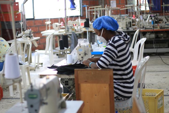 La Covid no detuvo creatividad colombiana. Aumentó registro de empresas en cuarto trimestre del 2020 | Economía | EL FRENTE