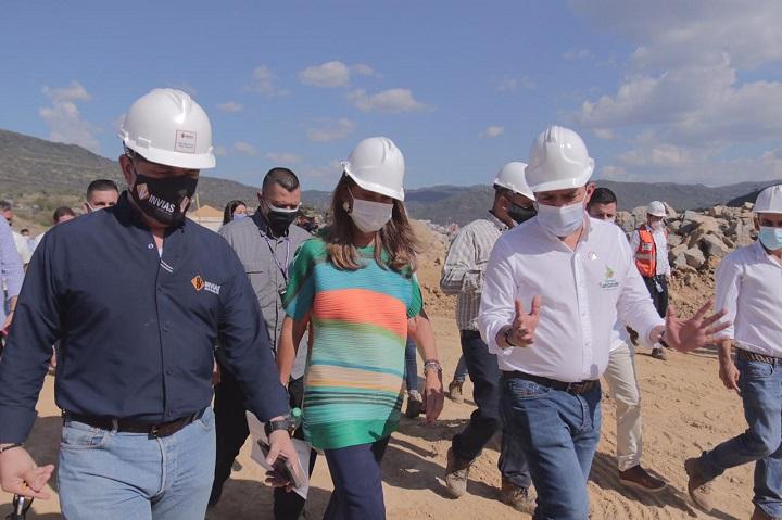Rápida visita de la Vicepresidente a la zona. Trabajos en la Variante de San Gil avanzan en un 8% | EL FRENTE