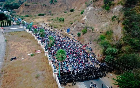 Guatemala detiene caravana de migrantes hondureños que querían llegar a EE. UU. | Noticias | Mundo | EL FRENTE