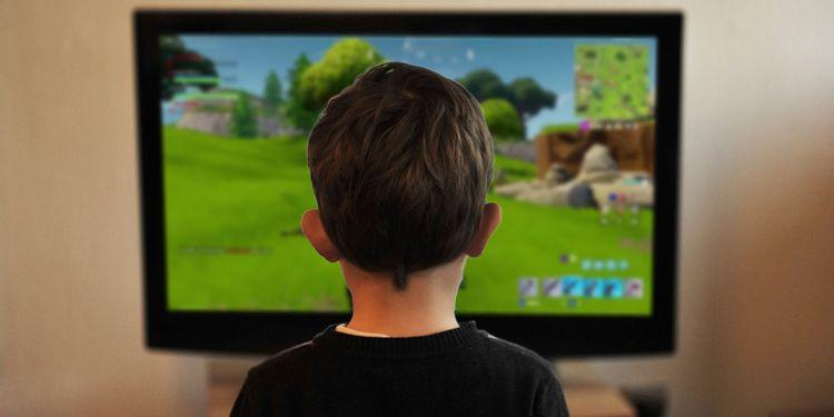 Pierde la custodia de su hijo por culpa del videojuego `Fortnite´ | EL FRENTE