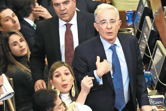 Uribismo le dice sí a la reforma tributaria    Política   EL FRENTE