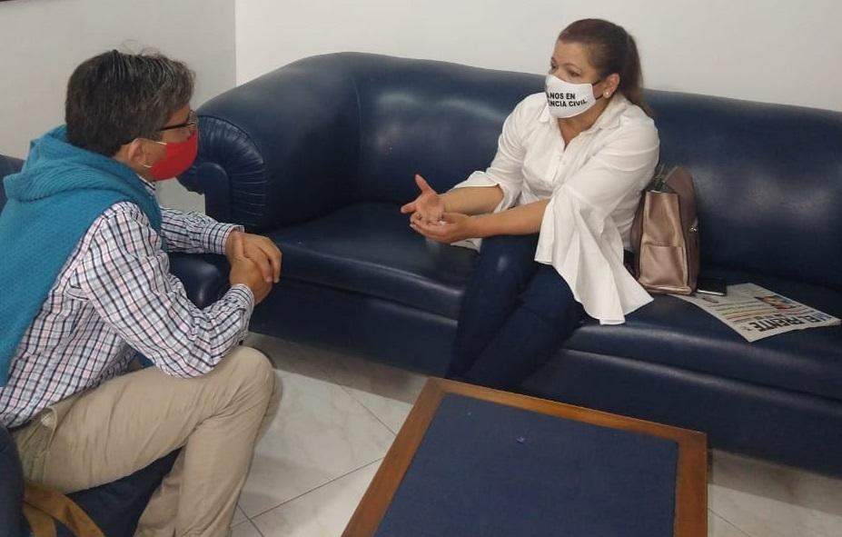 """""""Hasta uribistas desengañados estarán con Petro en las elecciones"""": exesposa de Petro   Política   EL FRENTE"""