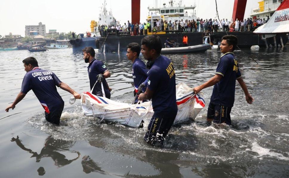 Choque de embarcaciones provoca cerca de 26 muertes | EL FRENTE