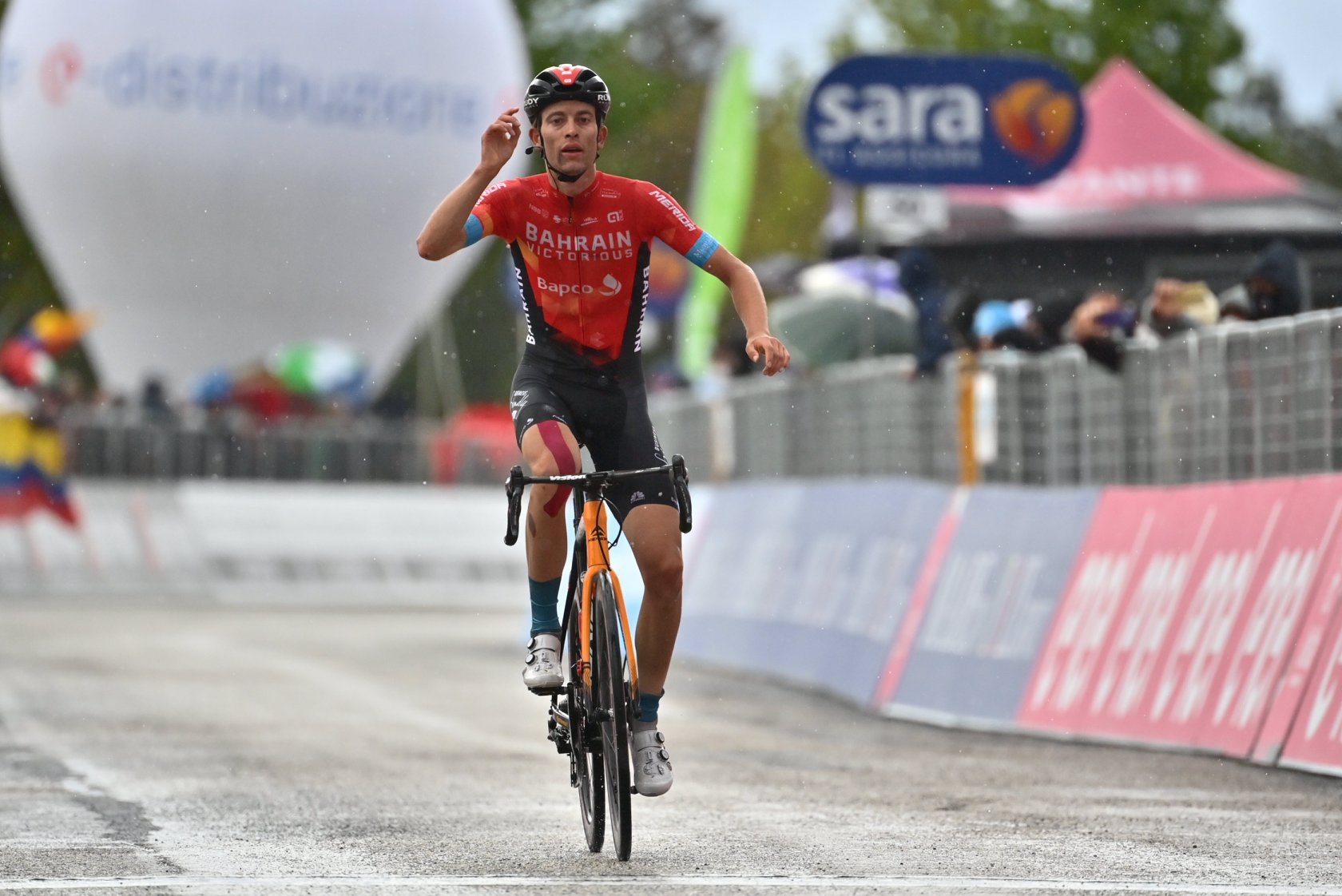 Gino Mäder ganador de sexta etapa del Giro | Deportes | EL FRENTE