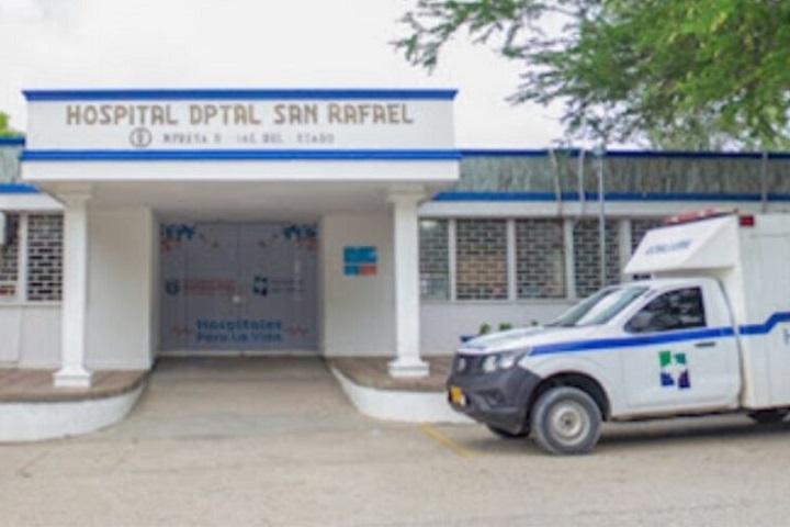 A falso médico intensivista se le murieron ocho paciente durante abril en unidades UCI | EL FRENTE