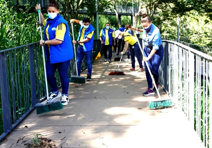 Limpieza y embellecimiento en el Parque Bosque Encantado   Bucaramanga   Metro   EL FRENTE