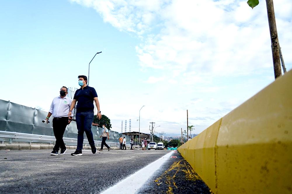 Habilitado tercer carril en el sector de Papi Quiero Piña | Metro | EL FRENTE