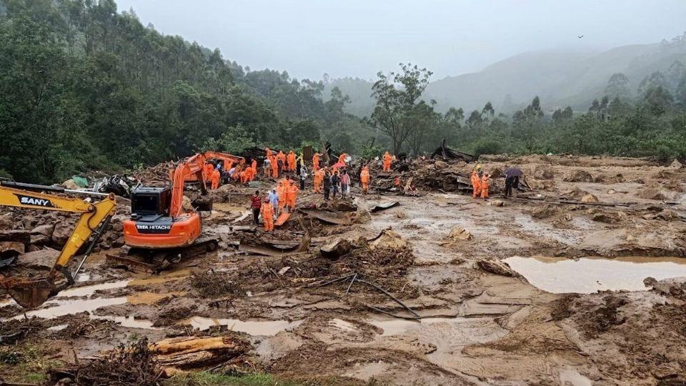 79 muertos y decenas de desaparecidos por lluvias monzónicas   foto   EL FRENTE