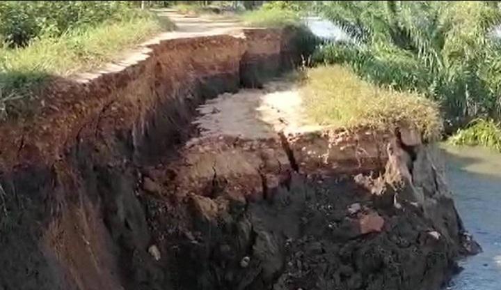 Río Magdalena se llevó dique de contención en Puerto Wilches que está bajo amenaza de inundación | Región | Santander | EL FRENTE