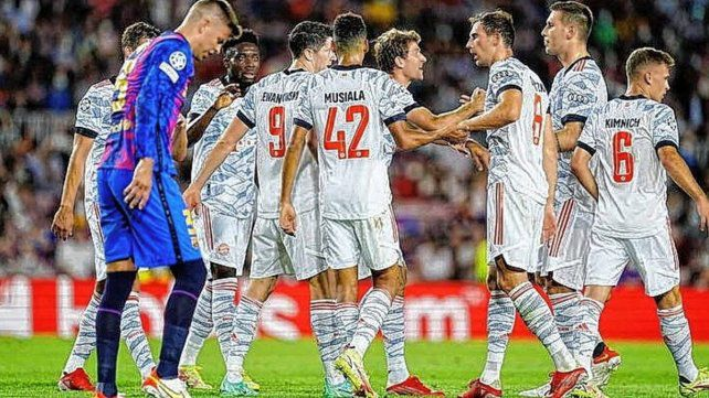 Bayern Múnich goleó al Barça en inicio de Champions  | EL FRENTE