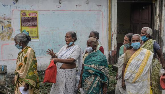 Hombre deberá lavar la ropa de las mujeres de su aldea durante 6 meses   foto   EL FRENTE