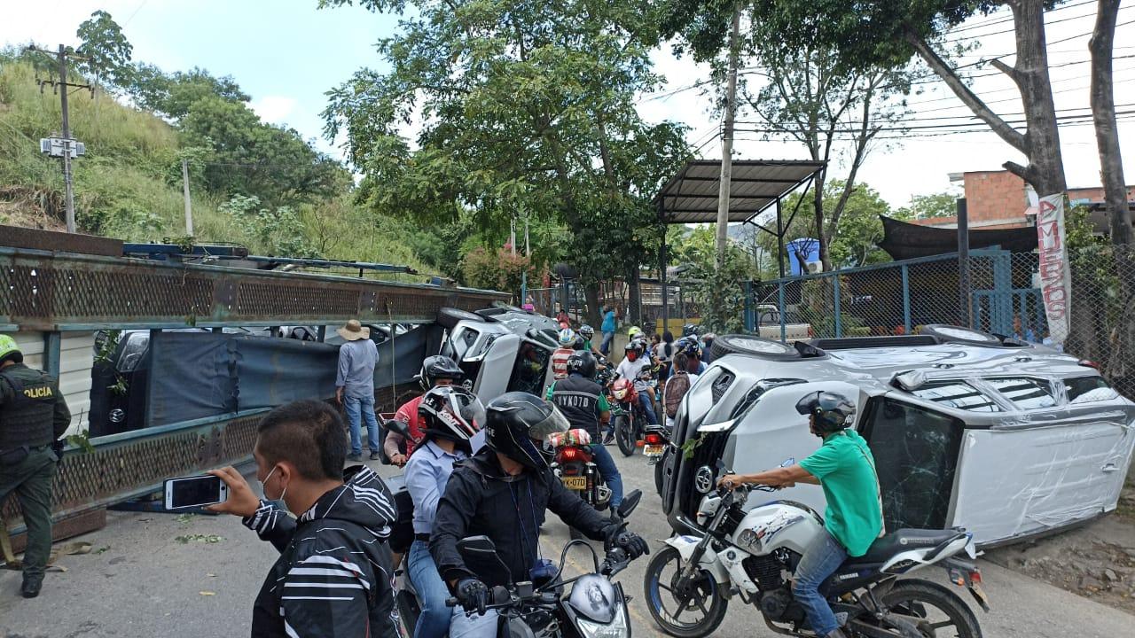 Conductor pasó tremendo susto tras quedarse sin frenos en el Norte de Bucaramanga   Local   Justicia   EL FRENTE