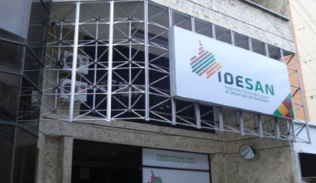 Alcalde de Bucaramanga denuncia manejos oscuros en contrato del IDESAN  | EL FRENTE