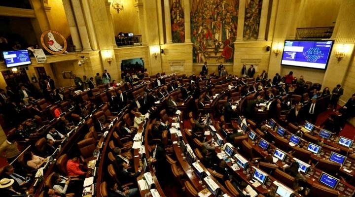 Aprobado el Presupuesto 2022 en la Cámara con votación en bloque pese a mico de la Ley de Garantías | Nacional | Economía | EL FRENTE