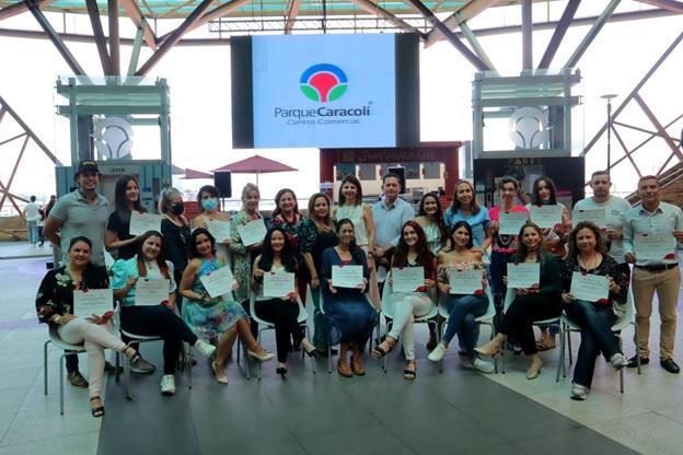 Un desayuno para celebrar a los emprendedores participantes de Impúlsate YA   Metro   EL FRENTE